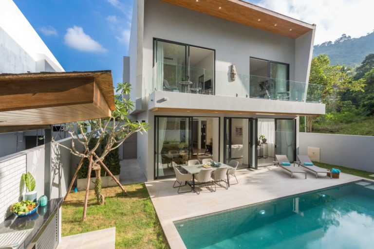 Vova Village, a luxury and private estate of 3 bedroom pool villas located in Chaweng, Koh Samui, Thailand